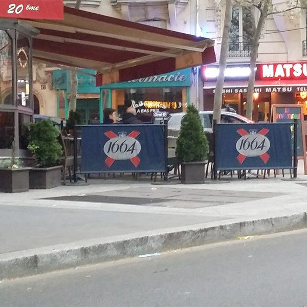 cafe-barrier
