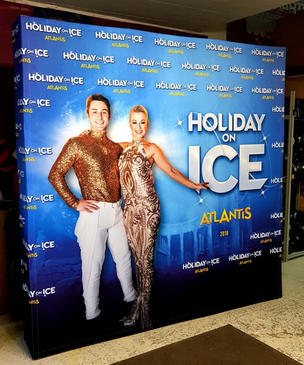 photocall-3x3-holiday-on-ice-2
