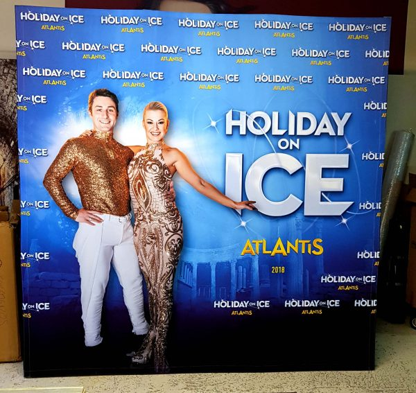 photocall-3x3-holiday-on-ice